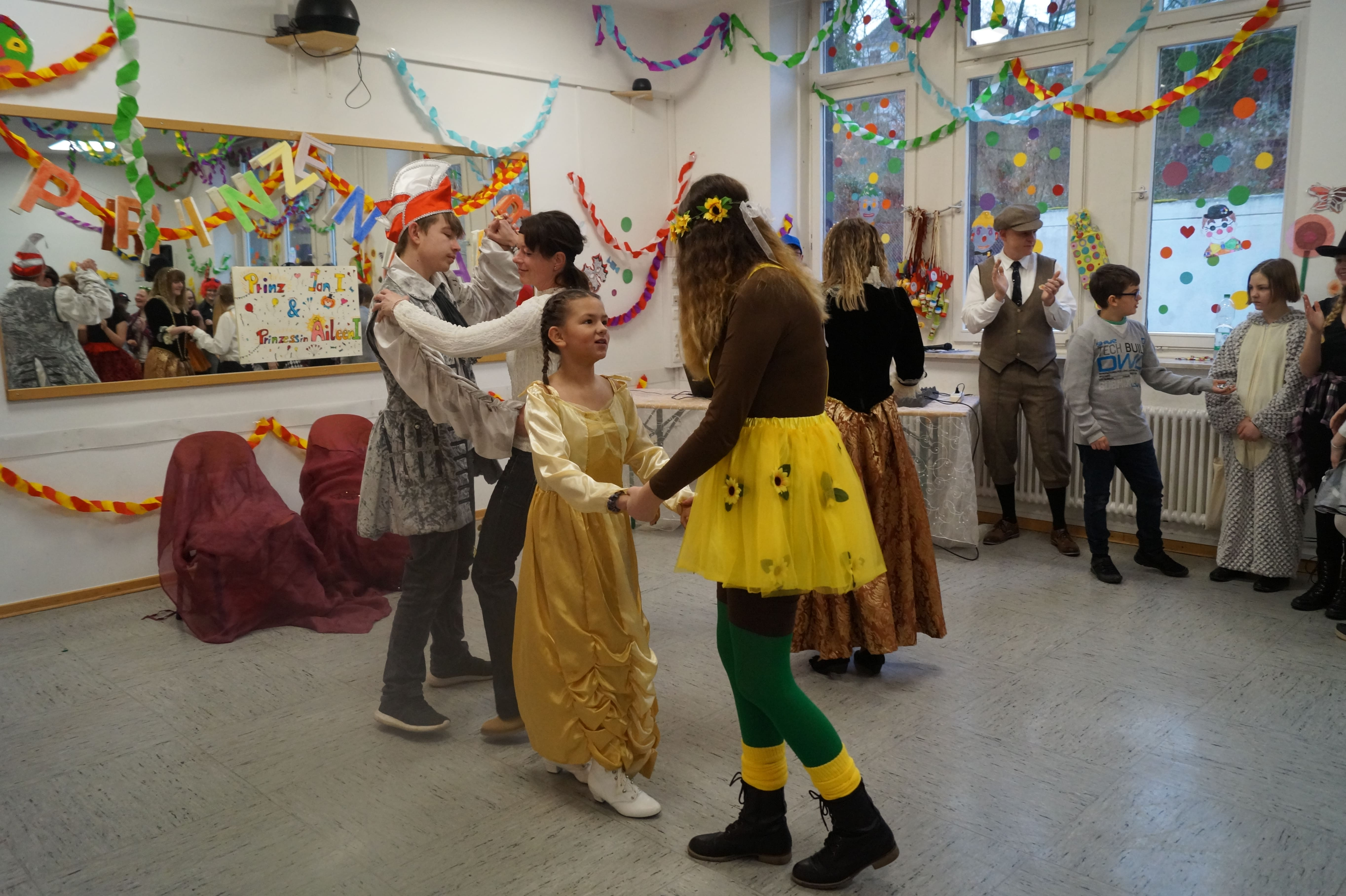 karneval 2020 burgweg schule (104)-min